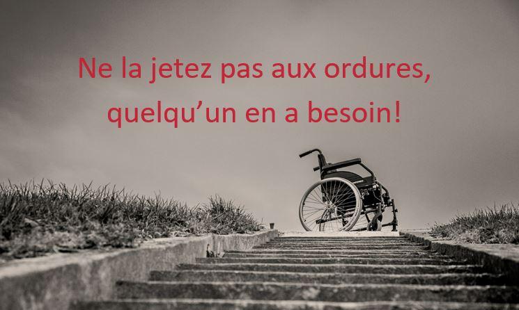fauteuil roulant abandonné