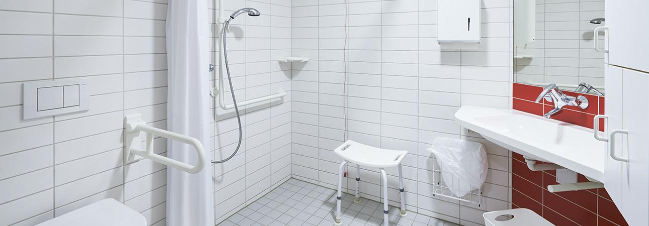 Adapter une salle de bain