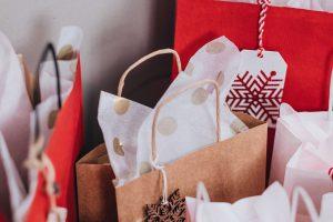 Idées cadeaux à offrir à une personnes aînée