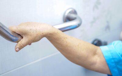 Prévention des chutes dans la salle de bain